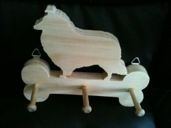 Fine Crafts - Wooden Collie Leash Holder