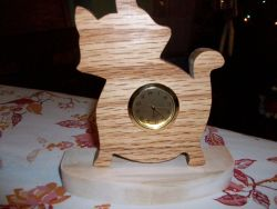 Fine Crafts - Cat Wooden Mini Desk Clock 1