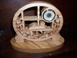 Fine Crafts - Cat Wooden Mini Desk Clock 2