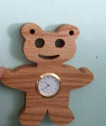 Fine Crafts - Bear Wall Clock