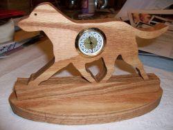 Fine Crafts - Wooden Cheseapeake Bay Retriever Mini Desk Clock
