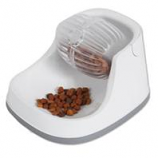 Petmate - Dig N Diner Treat Dispenser - White - 2 Cup